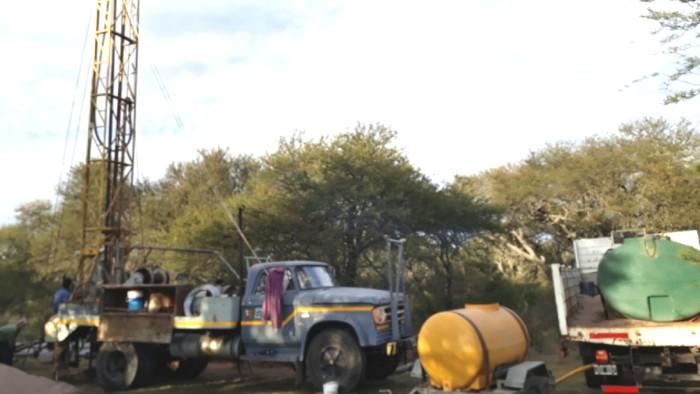 Más perforaciones para encontrar agua potable